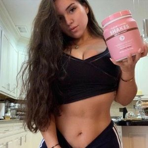 Flat Tummy Tea Shakes